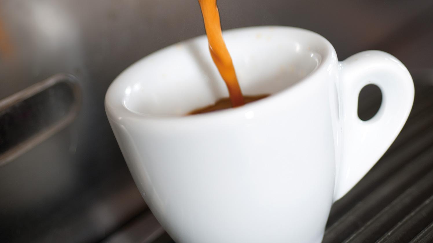 BRITA filter AquaGusto making espresso