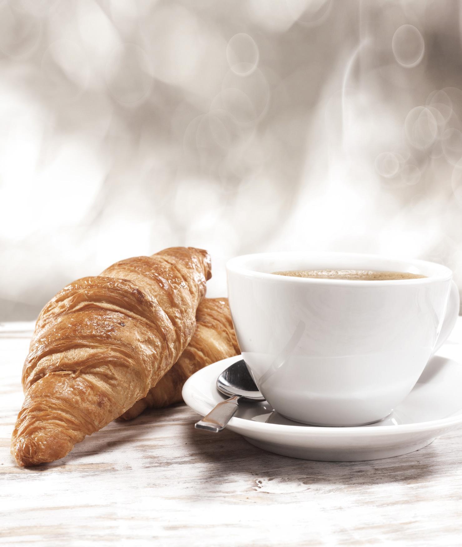 BRITA filter AquaGusto croissant coffee cup