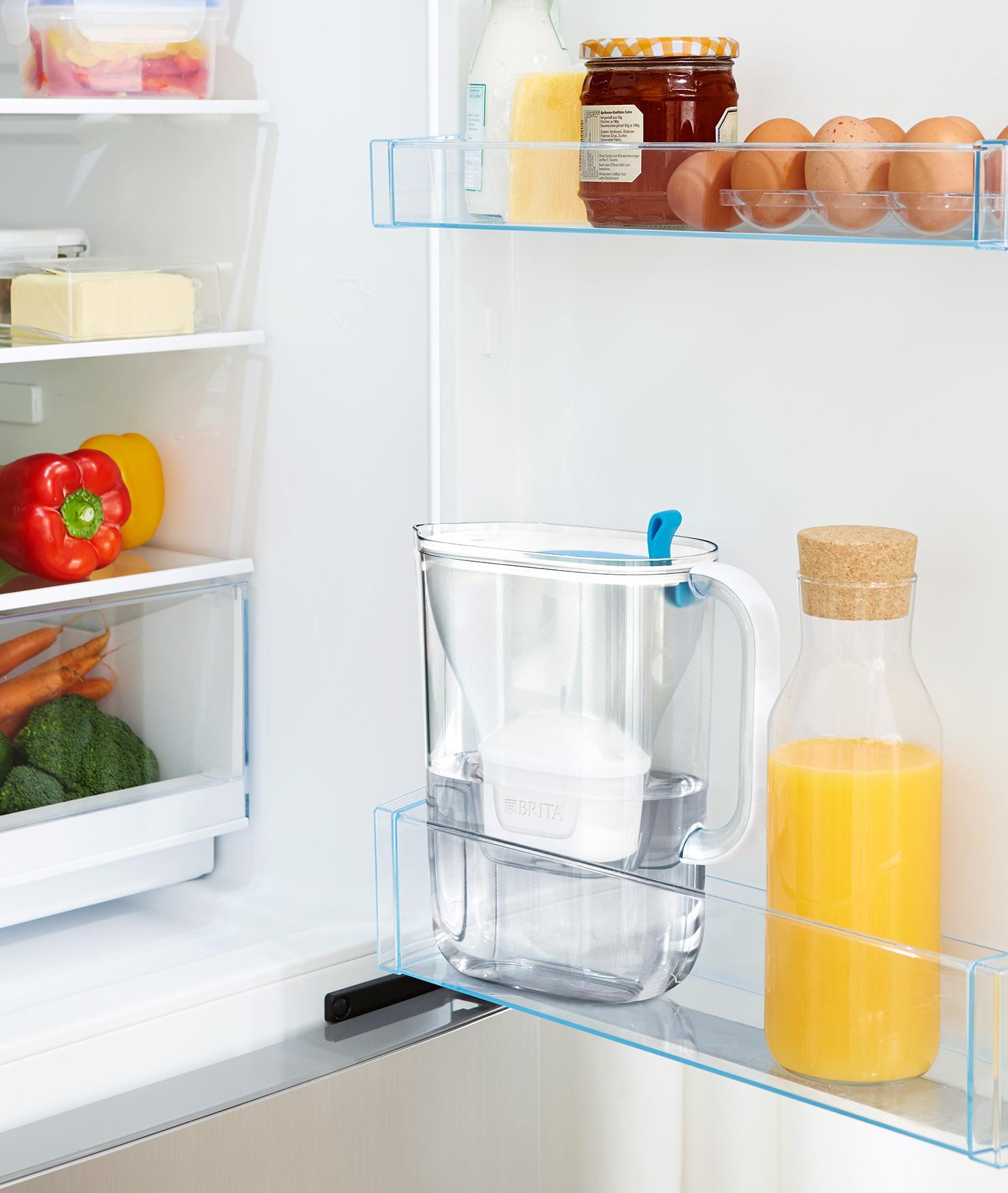 BRITA fill&enjoy Style soft blue fridge door