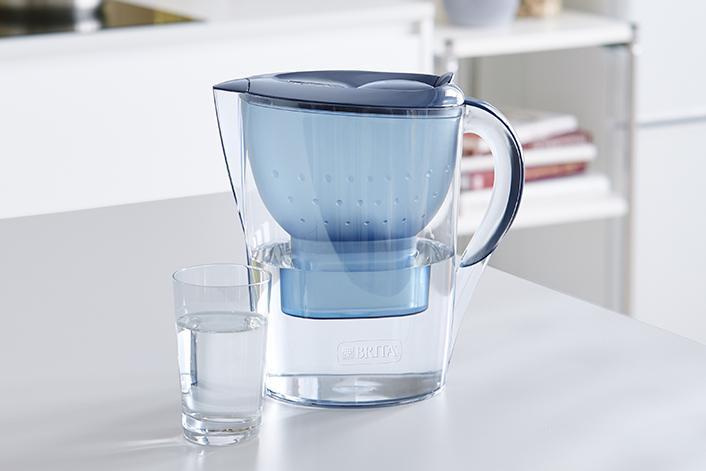 BRITA sustainability water filter glass kitchen