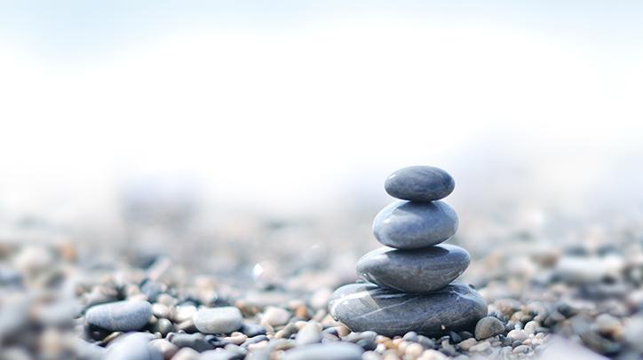 BRITA Nachhaltigkeit Balance Stapel aus Steinen