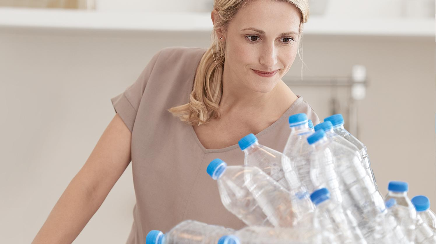 BRITA gesündere Umwelt grüne Plastikflasche