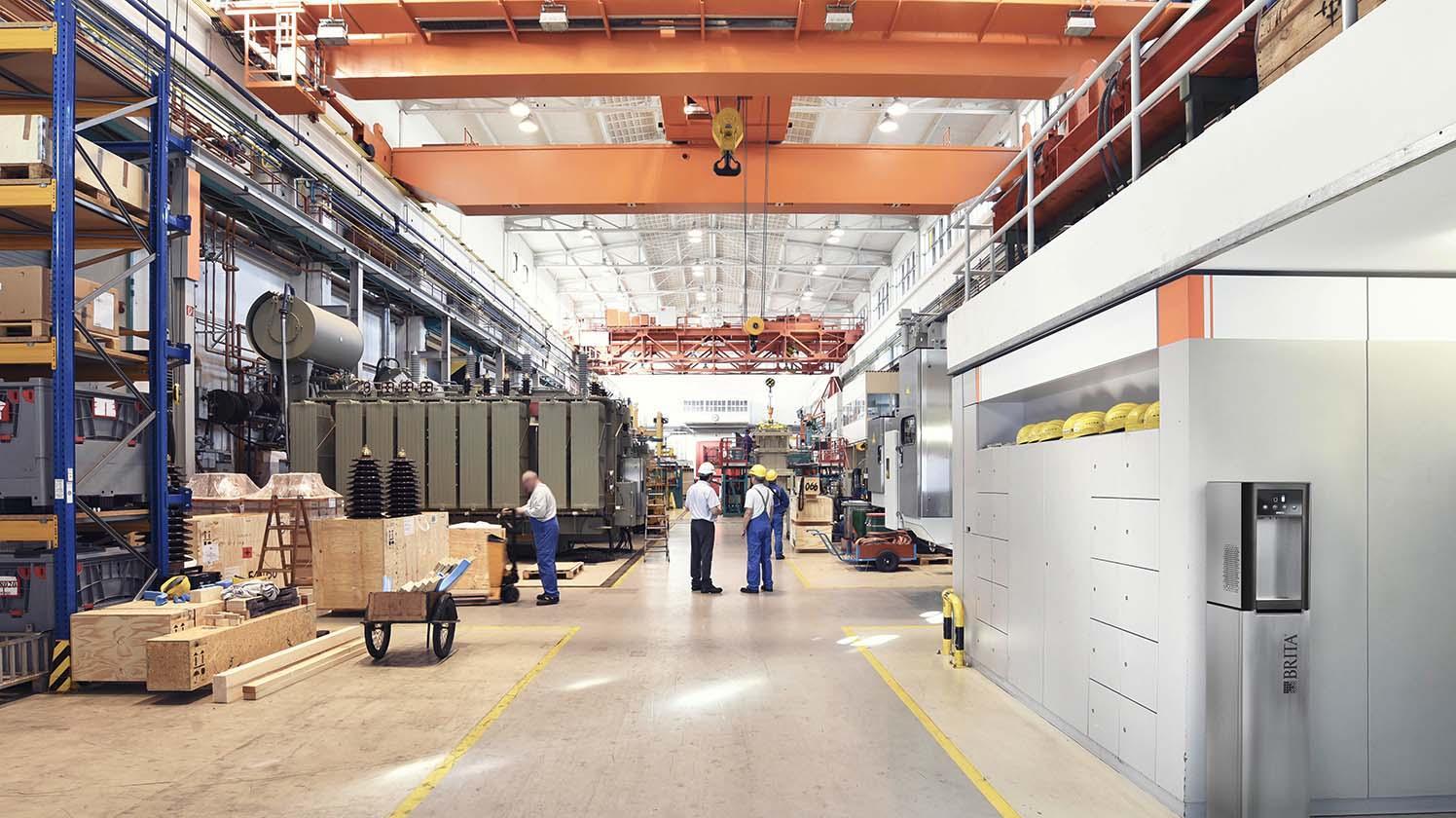BRITA Wasserspender SodaMaster 200 in Fabrikhalle