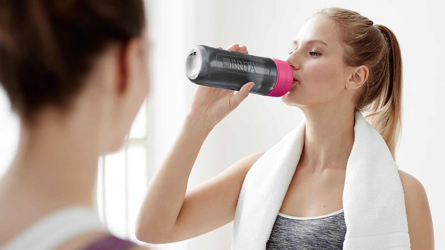 BRITAfill&go Active pink yoga women drink