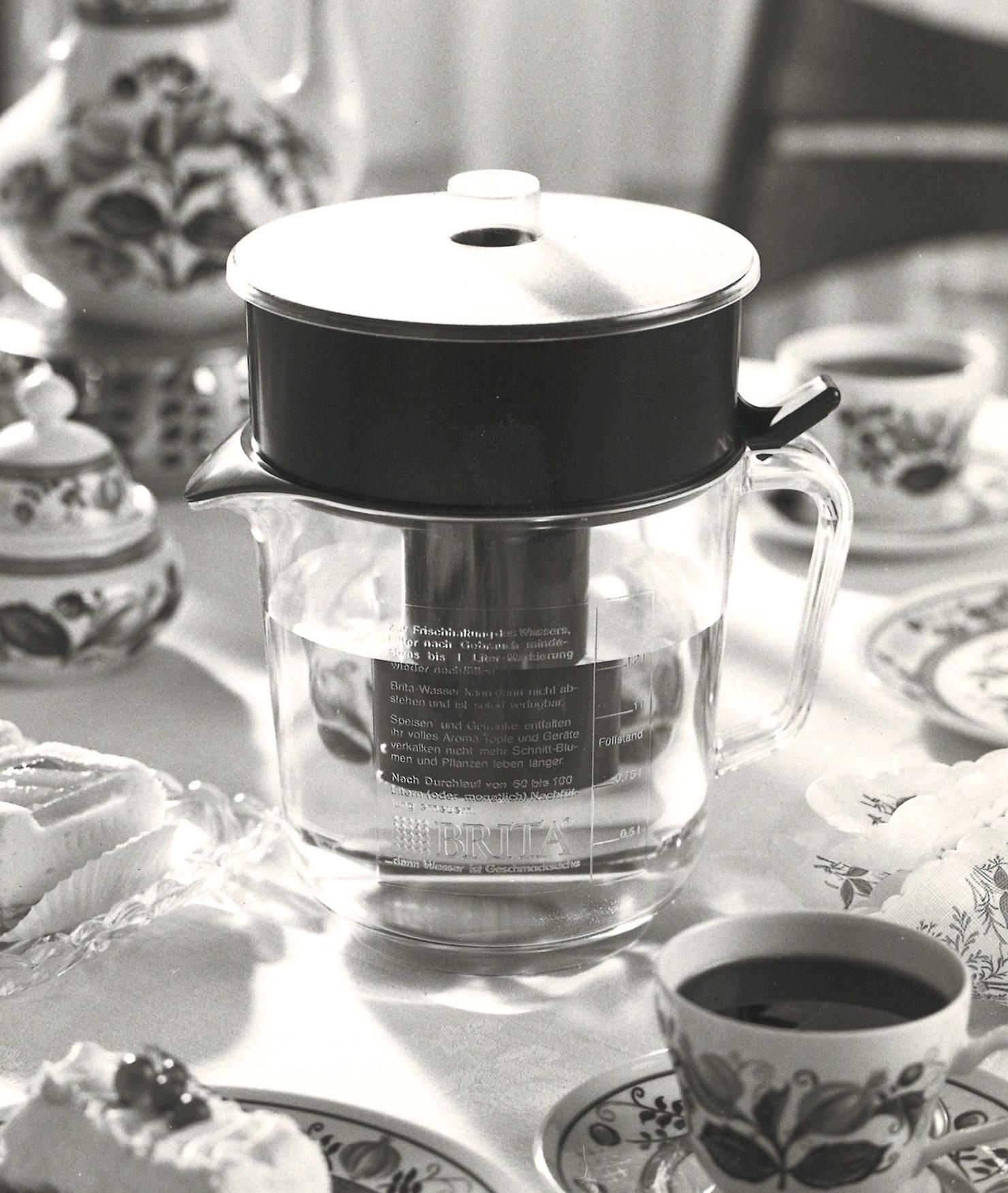 BRITA 歷史 第一款濾水壺